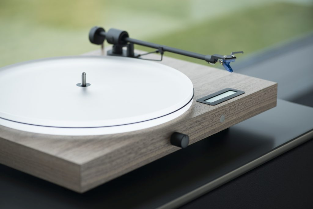 Pro-Ject wins two EISA awards 2018/2019